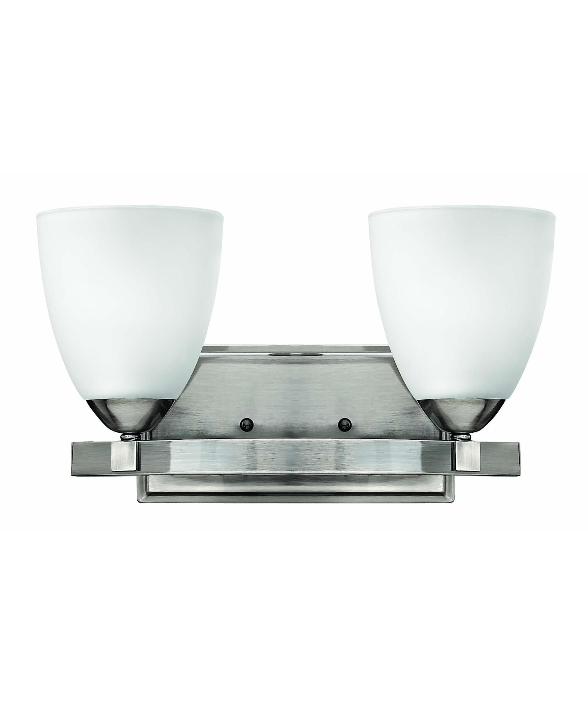 Hinkley lighting 5252 pinnacle 14 inch bath vanity light for Hinkley bathroom vanity lighting